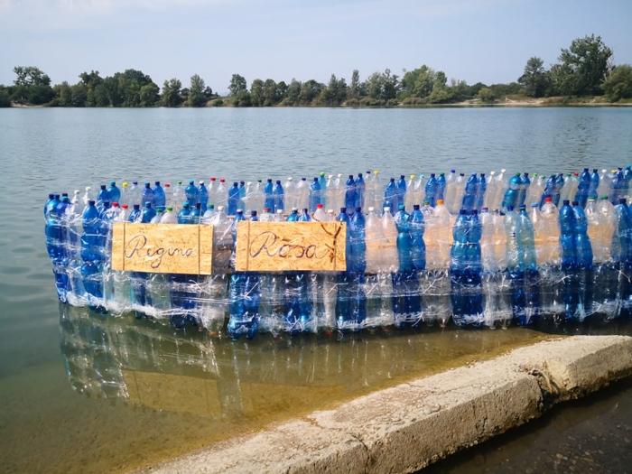 PODCAST: Študenti Kolégia A. Neuwirtha postavili loď z PET fliaš