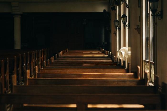 """""""Ľudí v kostoloch ubudlo,"""" tvrdia poslucháči Rádia LUMEN"""