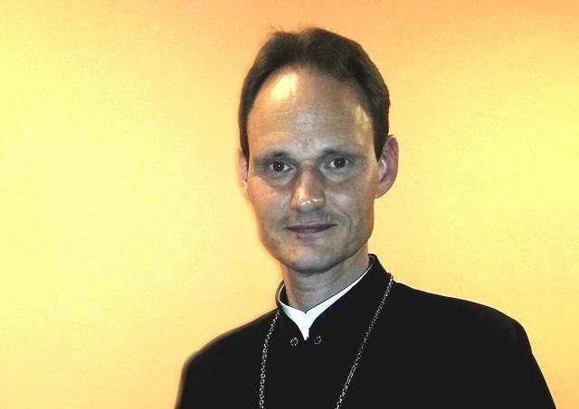 Pápež prijal zrieknutie sa M. A. Pacáka úradu biskupa v Kanade