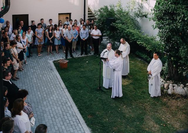 V Bratislave posvätili priestory Arcidiecézneho centra mládeže