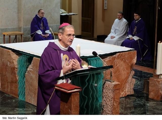 PODCAST: Arcibiskup Zvolenský o návšteve pápeža v našom Zaostrenom