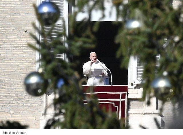 Pápež na Štefana: Spoločenstvá majú byť misionárske