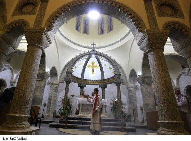Kardinál Sandri: Pápež dodá Iraku útechu a silu