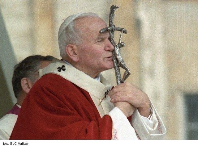 Sv. Ján Pavol II. prežil život plný hrdinských čností