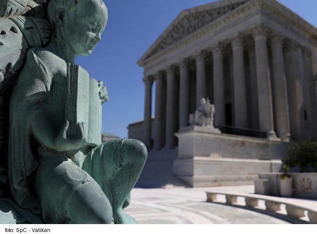 Najvyšší súd USA uznal kat. inštitúciám výhrady vo svedomí