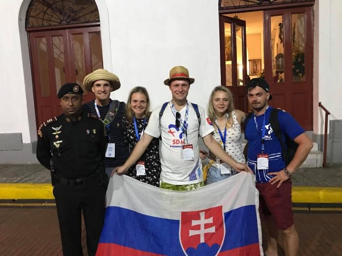 V PANAME S DOMINIKOM: Krížová cesta s pápežom