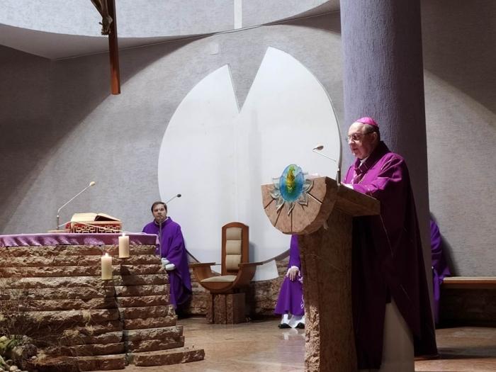 Priame prenosy svätých omší o 8:30 a 18:00 aj s biskupmi