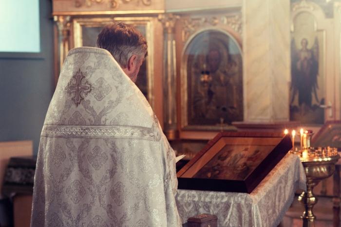 Nedeľné zamyslenie: Modlime sa za kňazov!