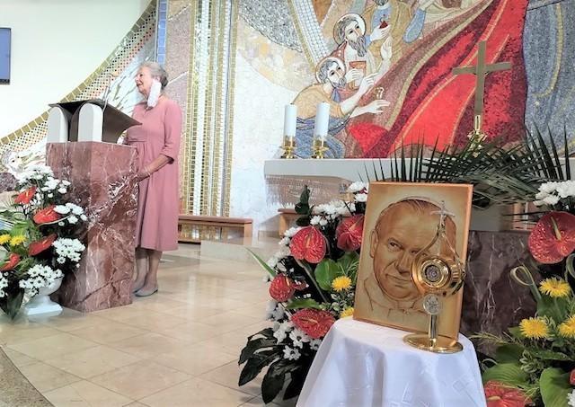 Slovákom sa nepodarilo na základe doterajších návštev pápeža Jána Pavla II. zmeniť spoločnosť k lepšiemu