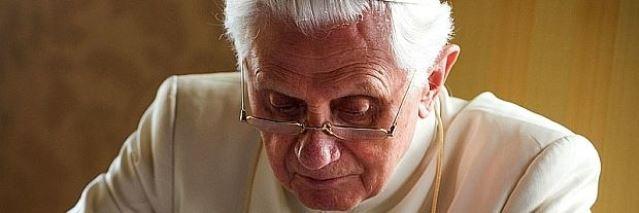 Vatikánsky týždenník: Listy Benedikta XVI.