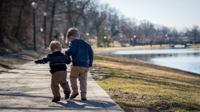 RODINNÉ KATECHÉZY: Deti budujú veľkú rodinu (5)