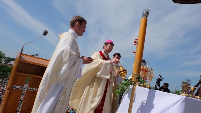 Biskup Marek Forgáč: Čo všetko povedal pútnikom v Krakove