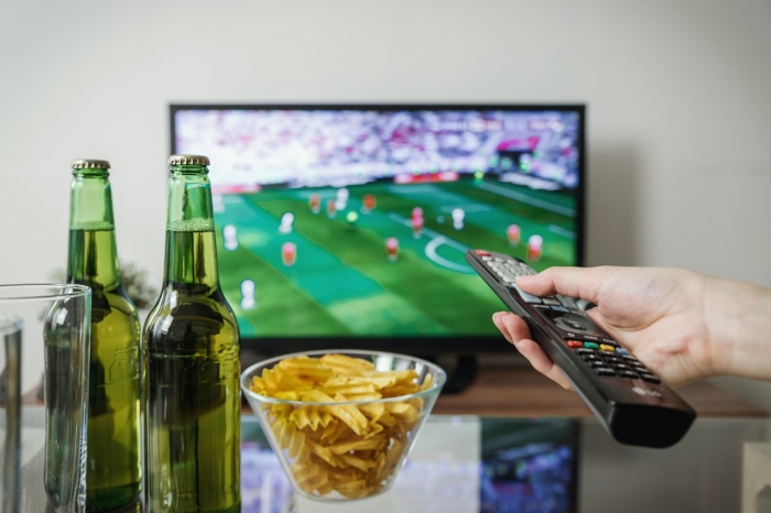 MANŽELSKÉ KATECHÉZY: Prečo sledovať televíziu spoločne (11)