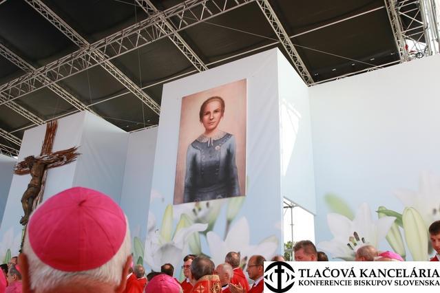 V Sučanoch požehnali kaplnku A. Kolesárovej, prvú na svete