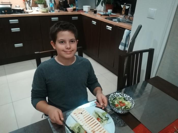 Na skok do kuchyne (18): Tortila so šunkou, syrom a avokádom