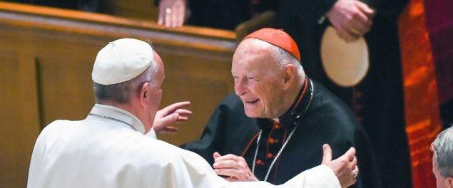 Vatikánsky týždenník: Kardinál McCarrick kanonicky potrestaný