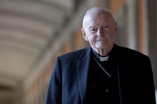 Bývalý kardinál McCarrick bol zbavený klerického stavu