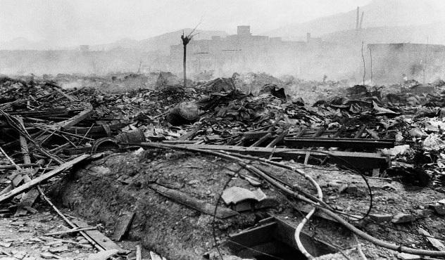 Katolícka katedrála v Nagasaki má späť svoj kríž