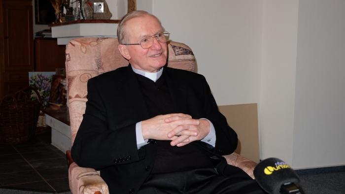 Biskup Rábek: V ohrození života máme bližšie k Bohu