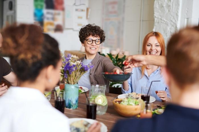 MANŽELSKÉ KATECHÉZY: Dôležité spoločné stolovanie (6)