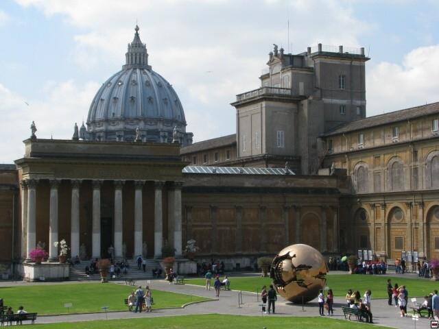 Vatikánsky týždenník (212): Nový digitálny organ v Bazilike sv. Petra