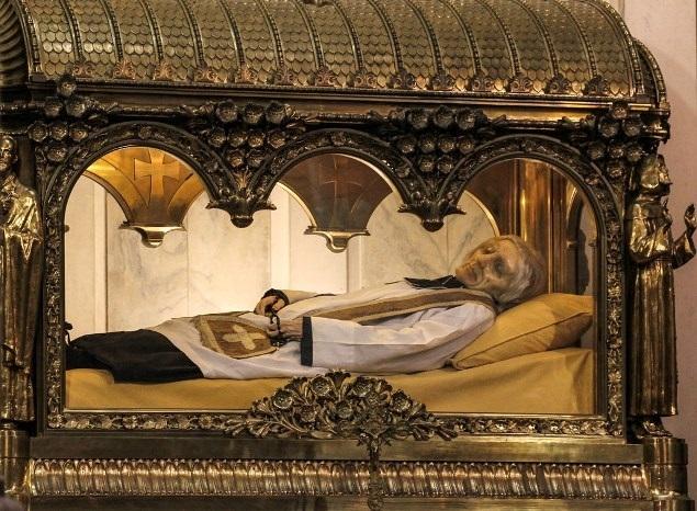 Vatikánsky týždenník: Pápeži o arskom farárovi