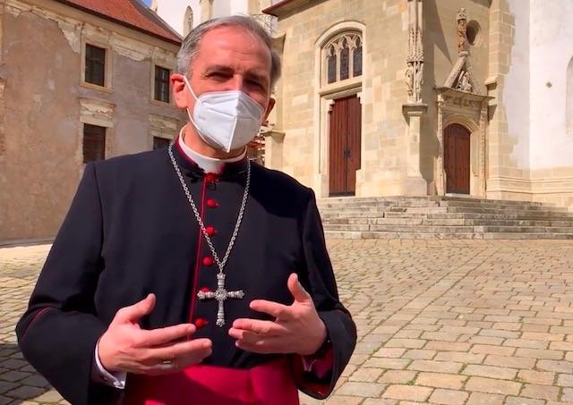 Predseda Konferencie biskupov Slovenska Stanislav Zvolenský prezradil, ako vyzerá jeho bežný deň