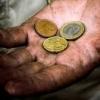 Približne 670-tisíc Slovákov trápi chudoba