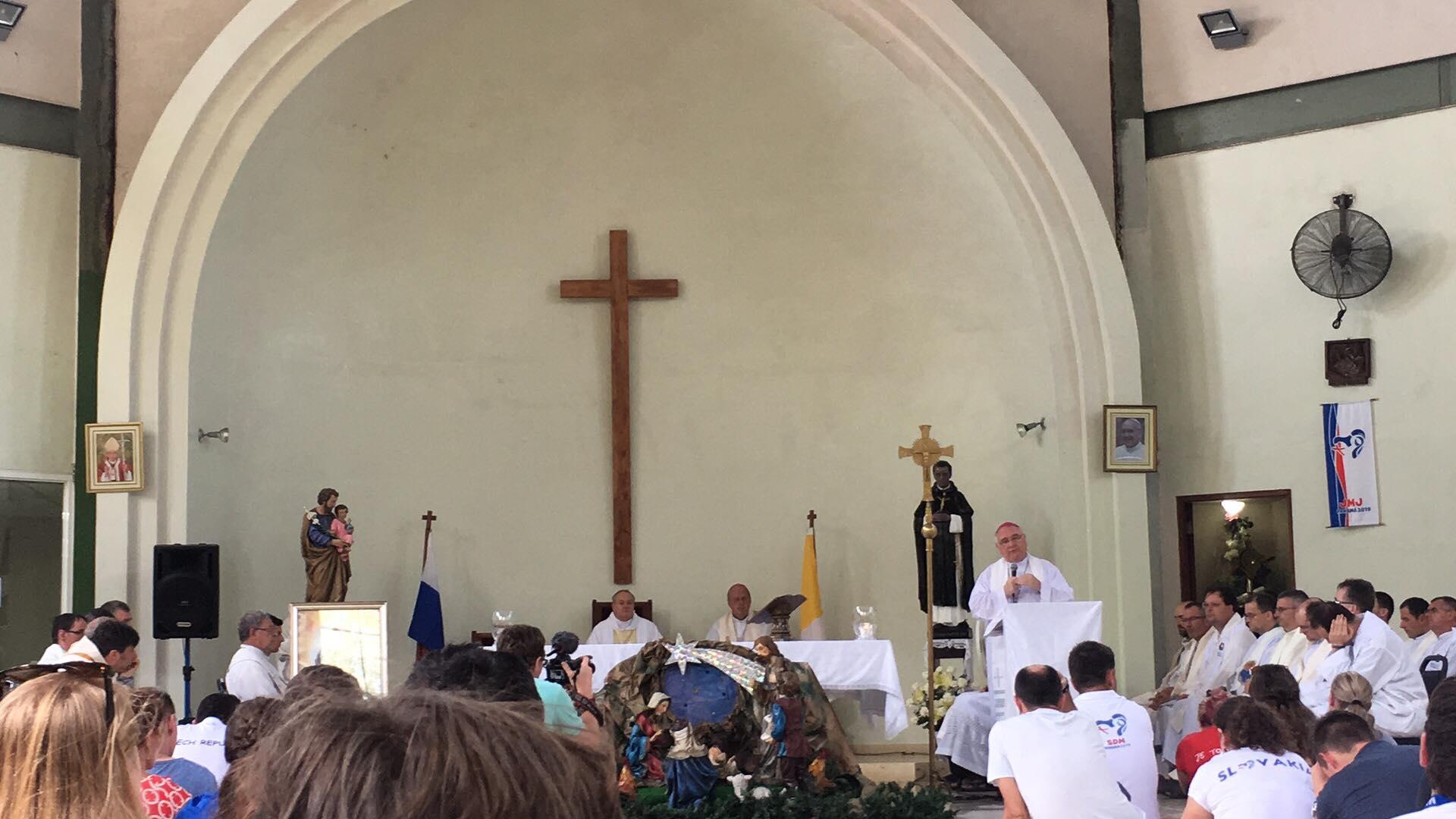 Počas sv. omše sa prihovoril aj žilinský diecézny biskup Tomáš Galis