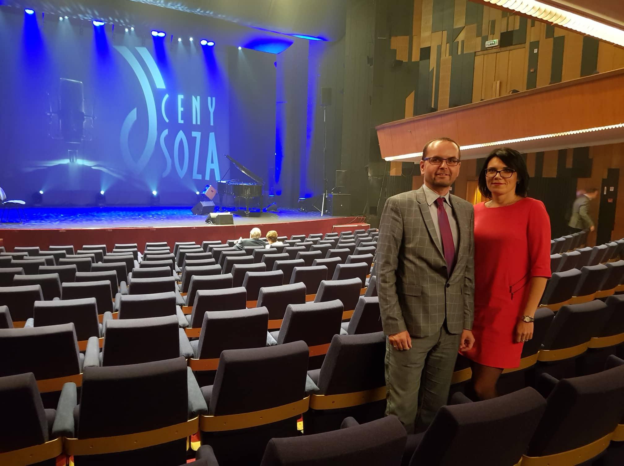 Na galavečere nechýbali Zuzana Szakácsová, výkonná riaditeľka Rádia LUMEN a Radovan Pavlík, riaditeľ PRE LUMEN n.o.