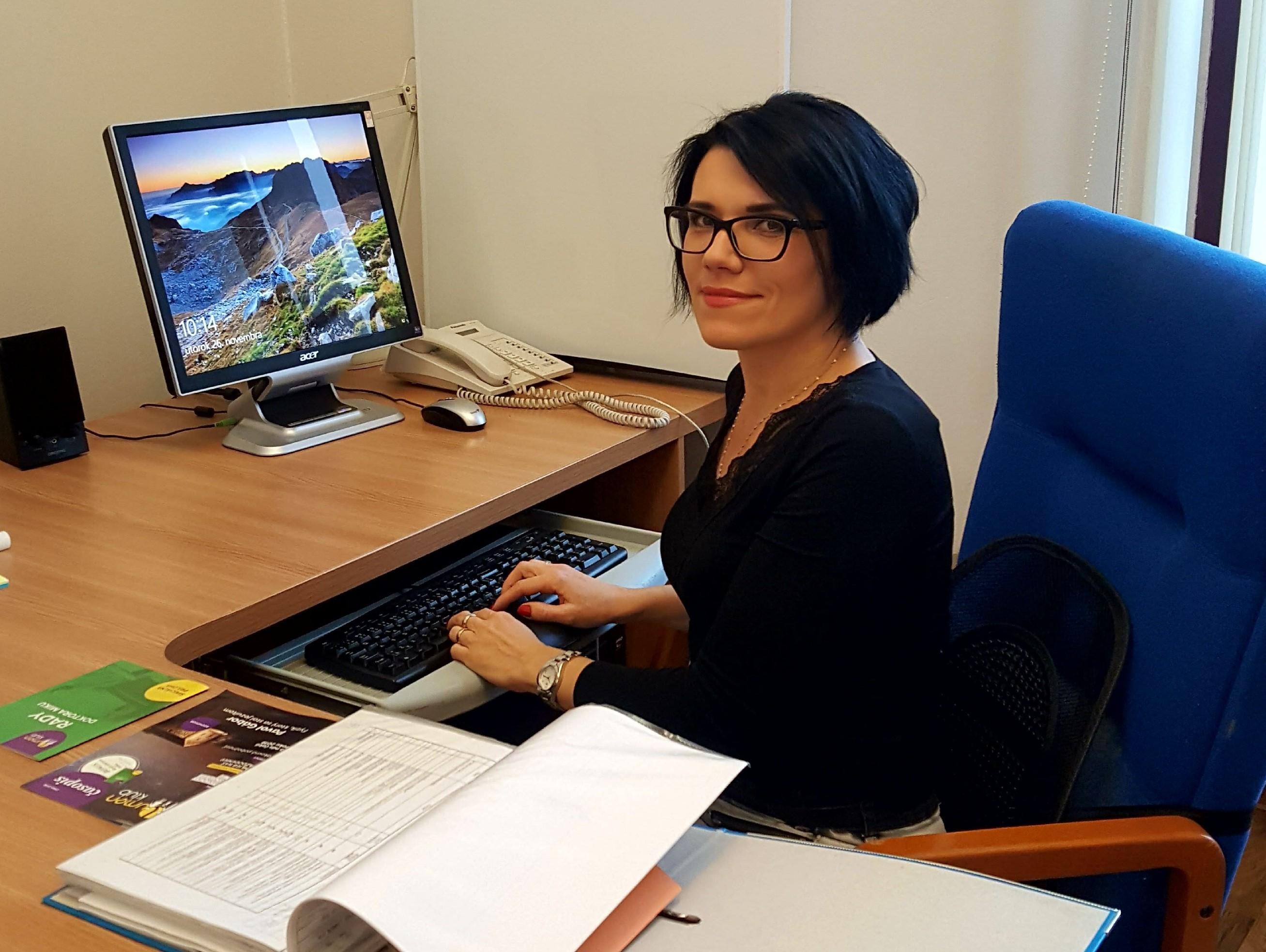 Zuzana Szakácsová v pracovnom nasadení