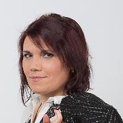 Szakácsová, Zuzana