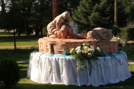 Foto z posvätenia súsošia Sedembolestnej Panny Márie v Sobranciach